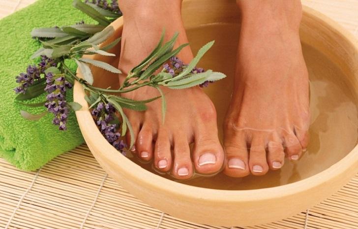 foot-reflexology-massage.jpg