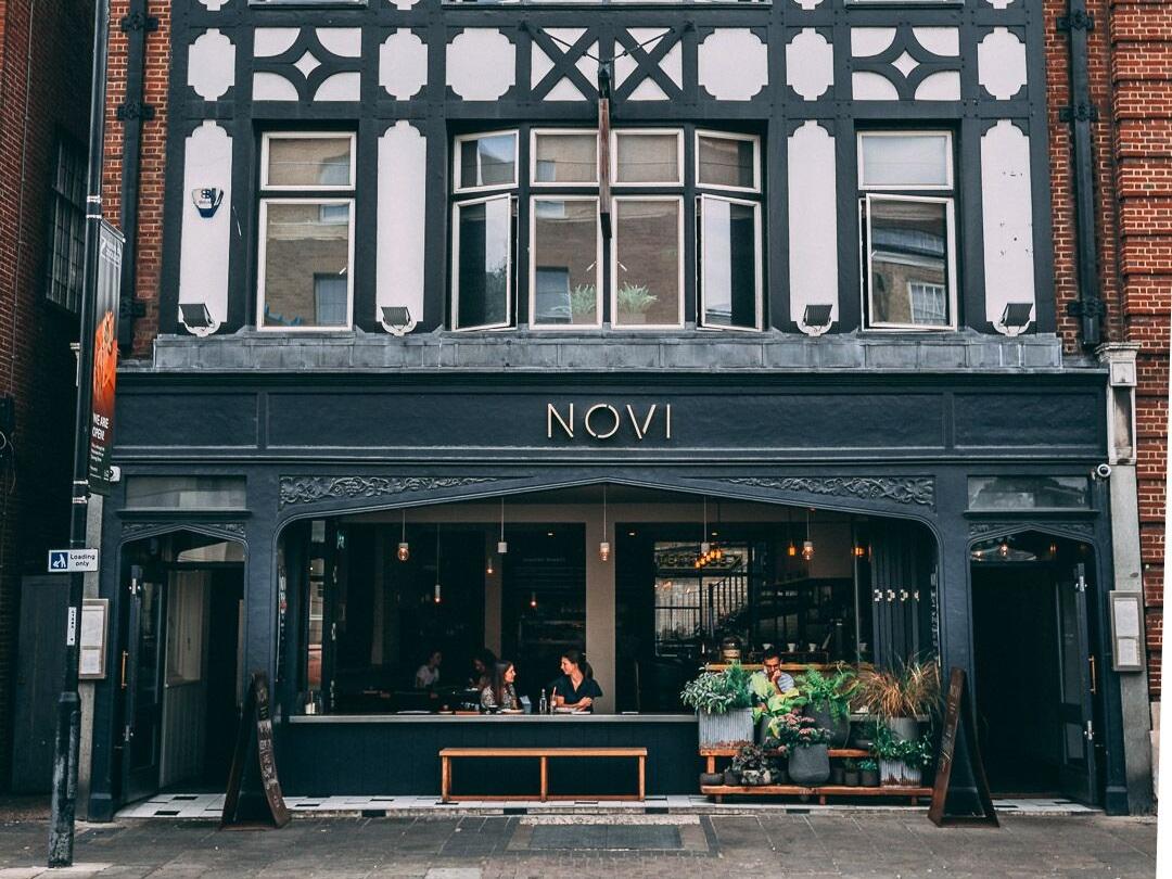 Novi - £5 and £10 menus on offer