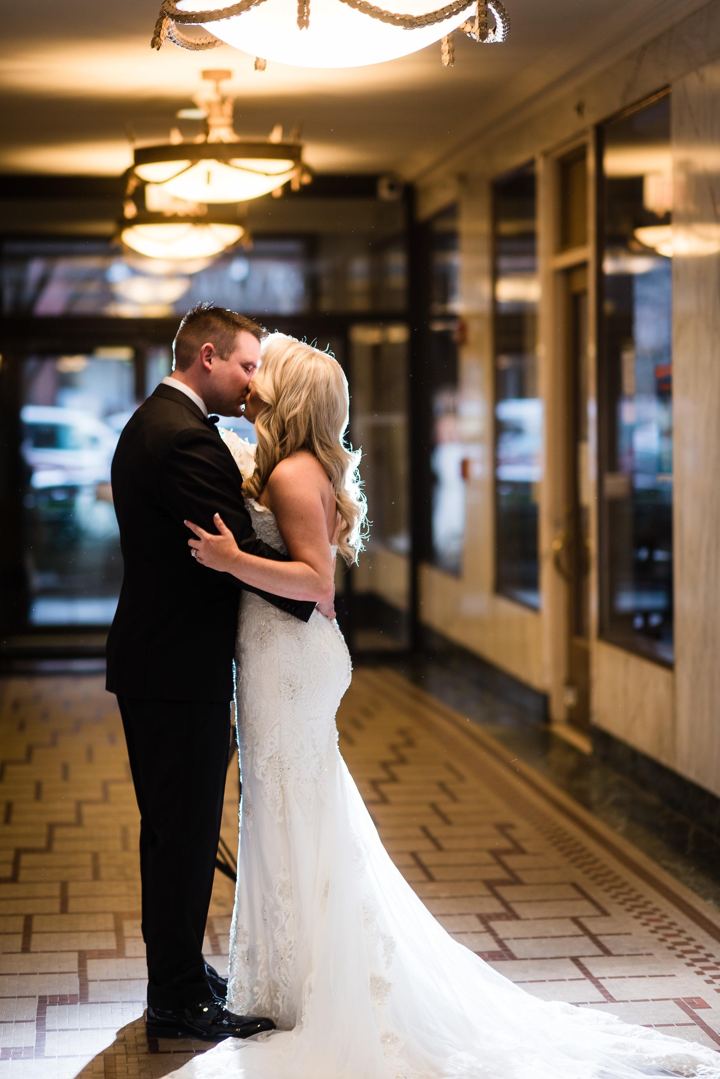 20181231_new_years_eve_old_cigar_warehouse_wedding_0486 1.jpg