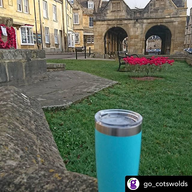 Our good friends @go_cotswolds doing their bit! Great to see #wastefreeliving #bansingleuseplastic #skyoceanrescue #reusablecoffeecup #cotswolds #tours #tourguide #mustsee #uktours #conservation #makeachange