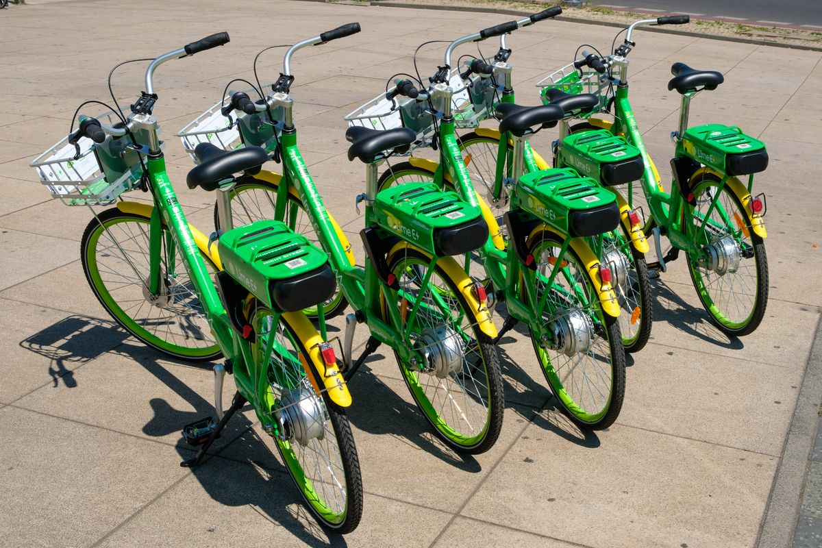 LimeBikes. Source: Curbed Boston