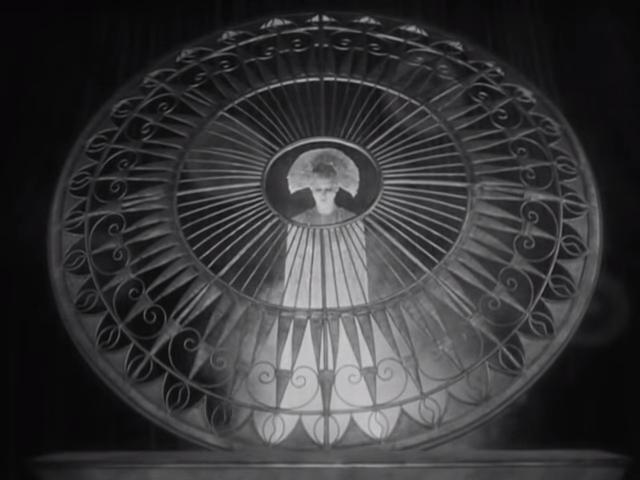 The Complete Metropolis, 1927, Silent Movie, German, Public Domain Movie 1-31-17 screenshot.png