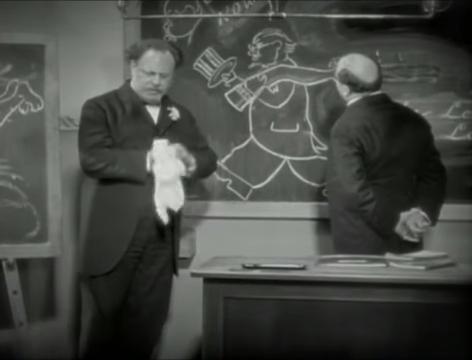 The Blue Angel (1930) 59-43 screenshot.png