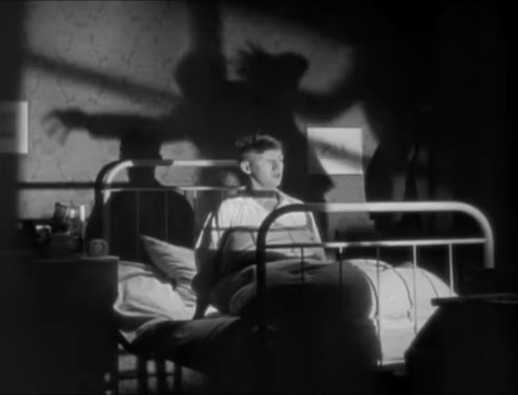 The Blue Angel (1930) 29-11 screenshot.png