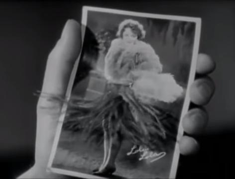 The Blue Angel (1930) 6-25 screenshot.png