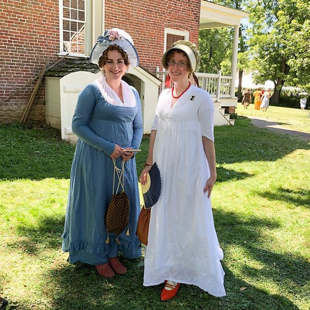 We saw an old #houstonarearegencysociety friend at #janeaustenfestivallouisvillekentucky today. Basically this is also the only pic I got of my outfit today. #regencydress #shockingbadhats