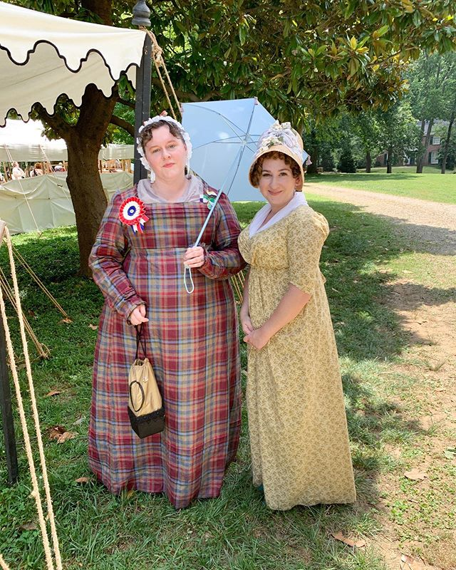 I spotted this lovely #regency lady and fabulous #regencydress and ensemble on Sunday at #janeaustenfestival #janeaustenfestivallouisvillekentucky and I had to get a pic. I think this was my favorite outfit of the festival that I saw! If this is you please tag yourself! Beautiful job!! #janefest2019  @janeaustenfestival_ky