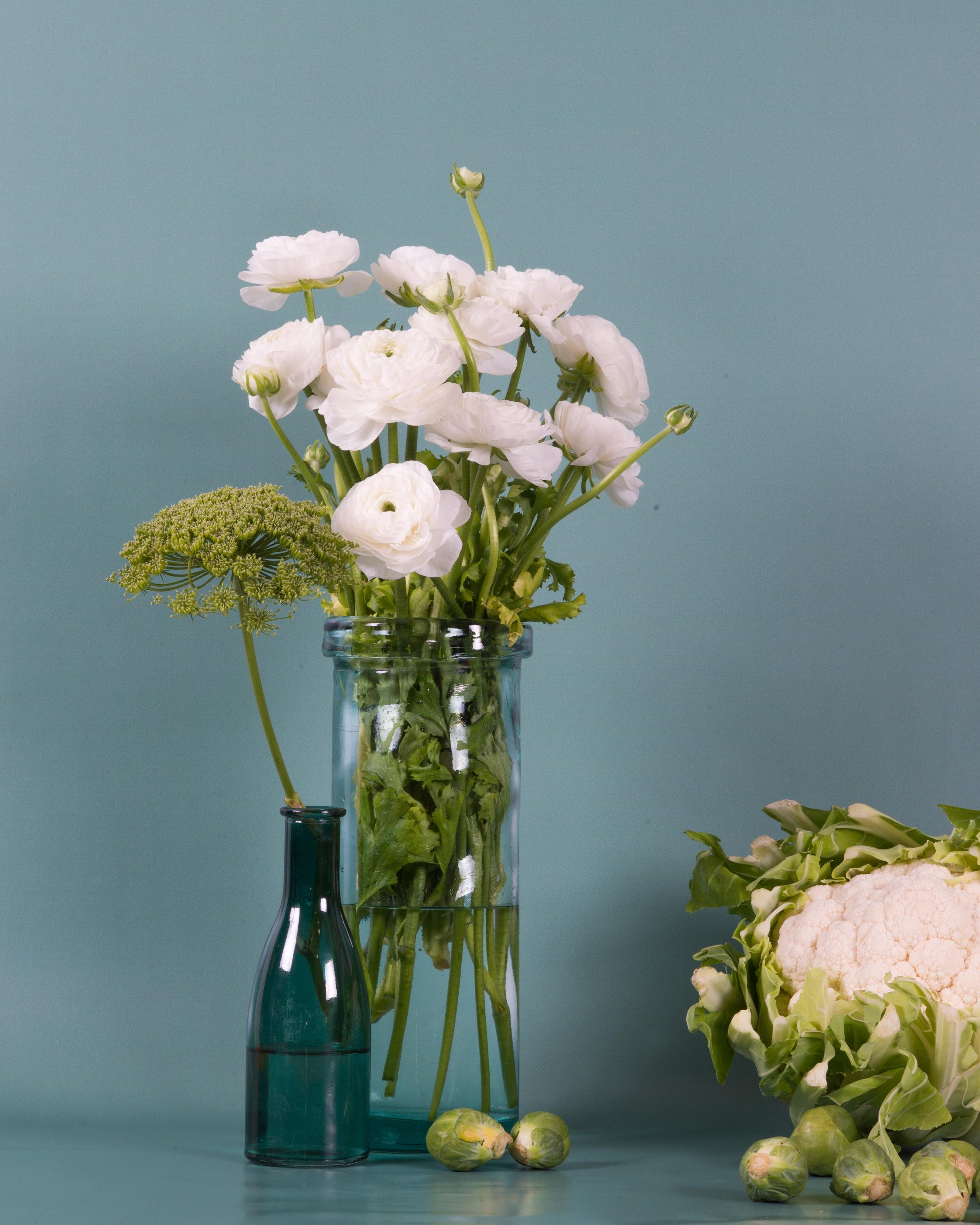 Scénographie - Repenser un lieu (conseil en design floral d'espace). Mettre en scène (set design, flower styling).