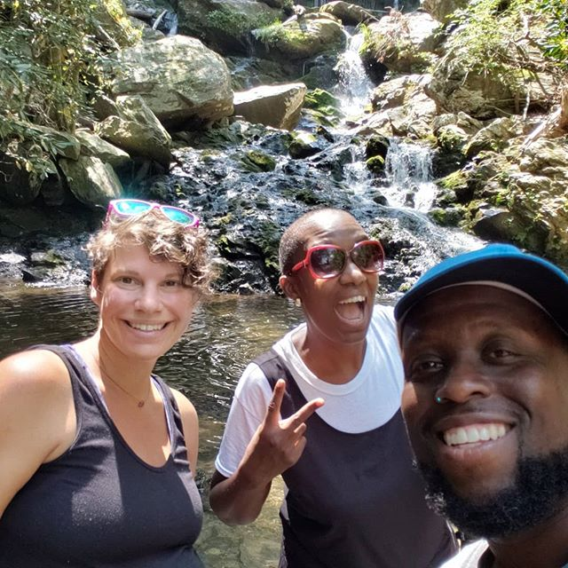 Hiked to #catawbafalls with these cuties. @janishazel @artemusthesongrunner  #whenyourfriendvisits #35weekspregnant #lastweekofmydirtythirties #pisgahnationalforest #waterfall