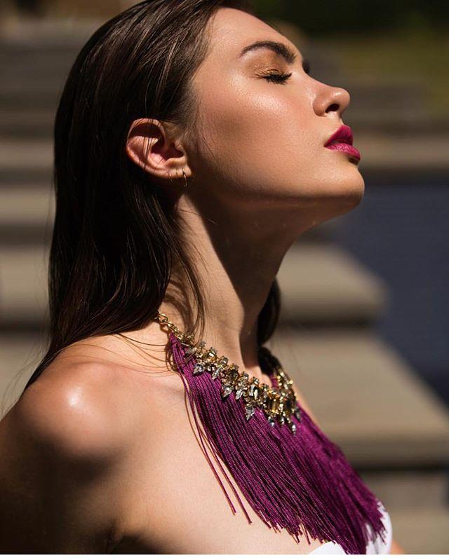 It's a rainy week but we are definitely ready for some sunshine! Model @anastasiakaras MUA @pipervonhoene @Wardrobe stylist: @caroljensky 📷 @zunigaphotography . . . . . . . . . #nyfw #fashion #model #newyork #statementjewelry #fashionblogger #nyc #runwaymodel #newyorkfashionweek #styleblogger #ootd #streetstyle #fashionweek #fitness #fashionmodel #melanin #acessories #magazine #fitnessmodel #creativedirector #bellahadid #gigihadid #runway #fashiondesigner #supermodel #black #designer #jewelry #neona #fashionweek #stephaniebijoux