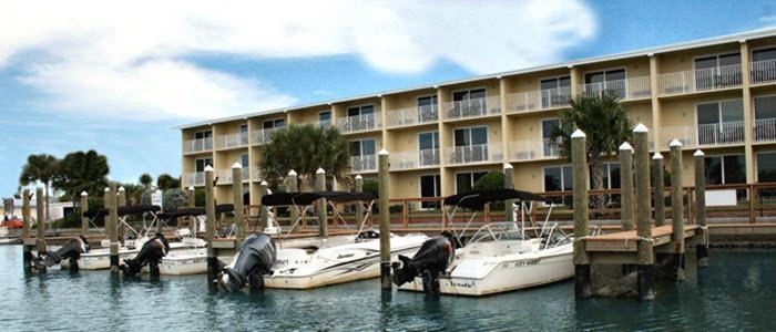 hotel-treasure-island-marina.jpg