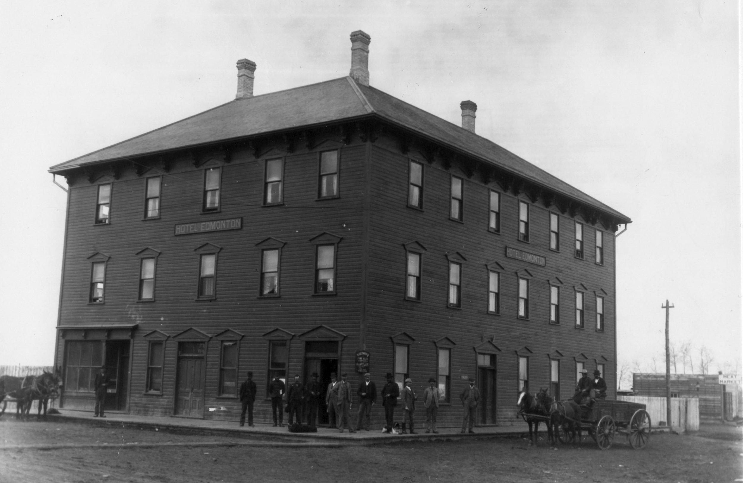 Hist Photo - BW - 1892.jpg