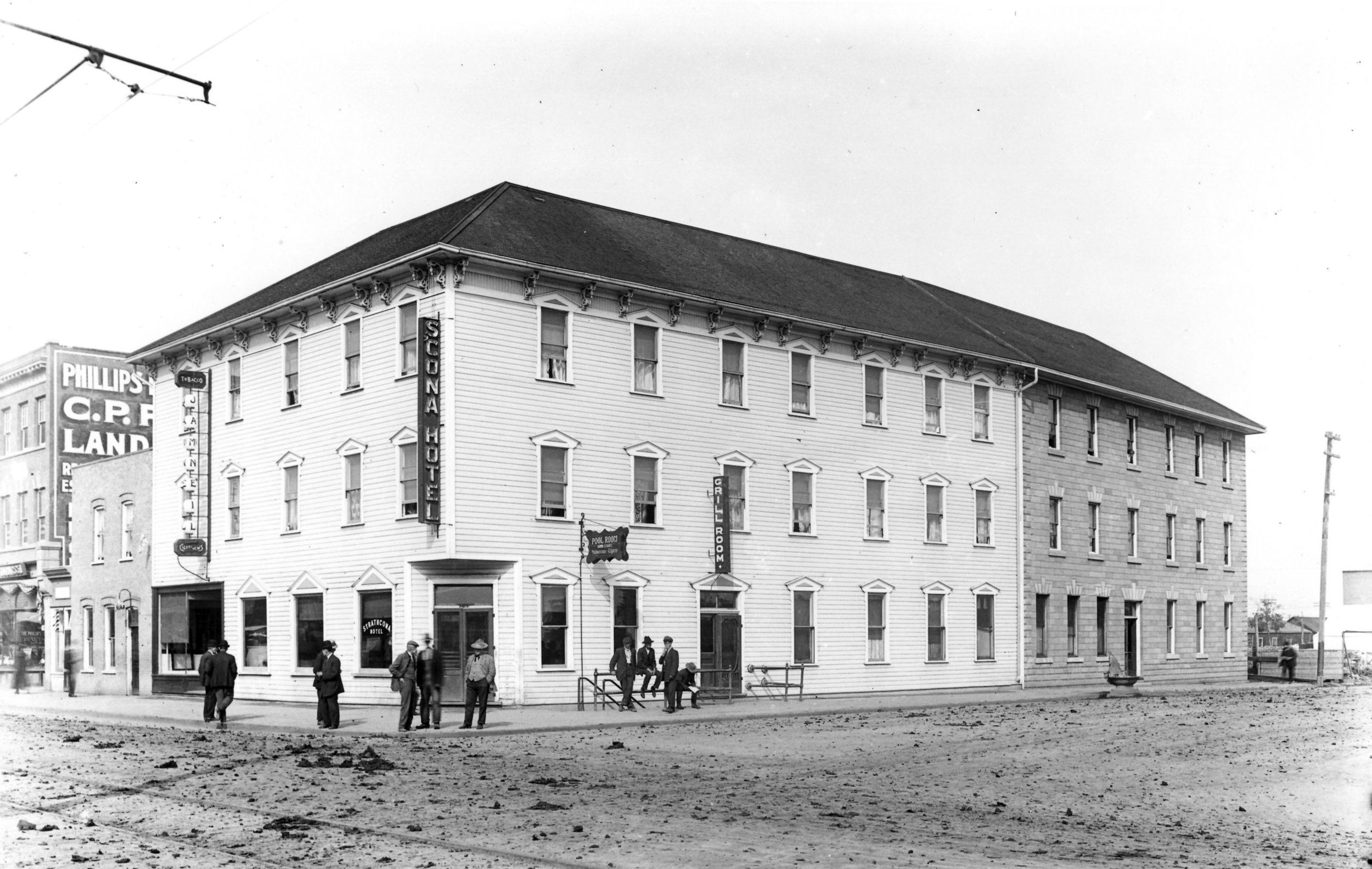 Hist Photo - BW - 1912.jpg