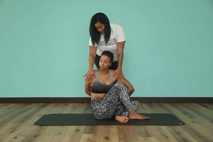 yoga-davina.jpg