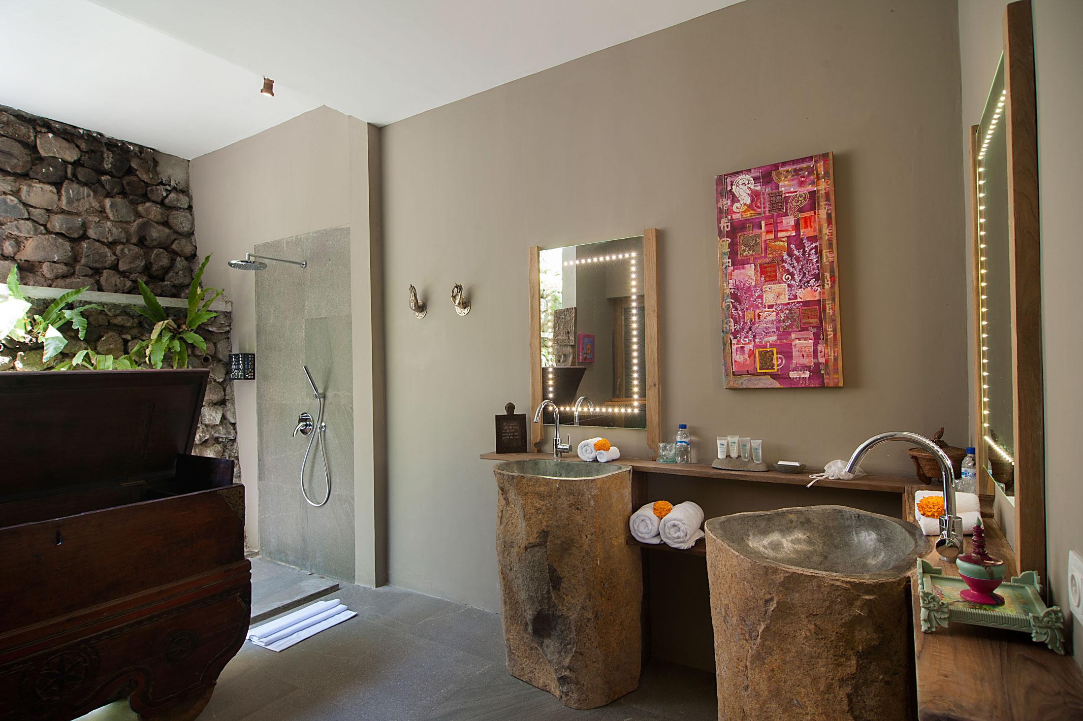 Superior Garden Suite (47).jpg