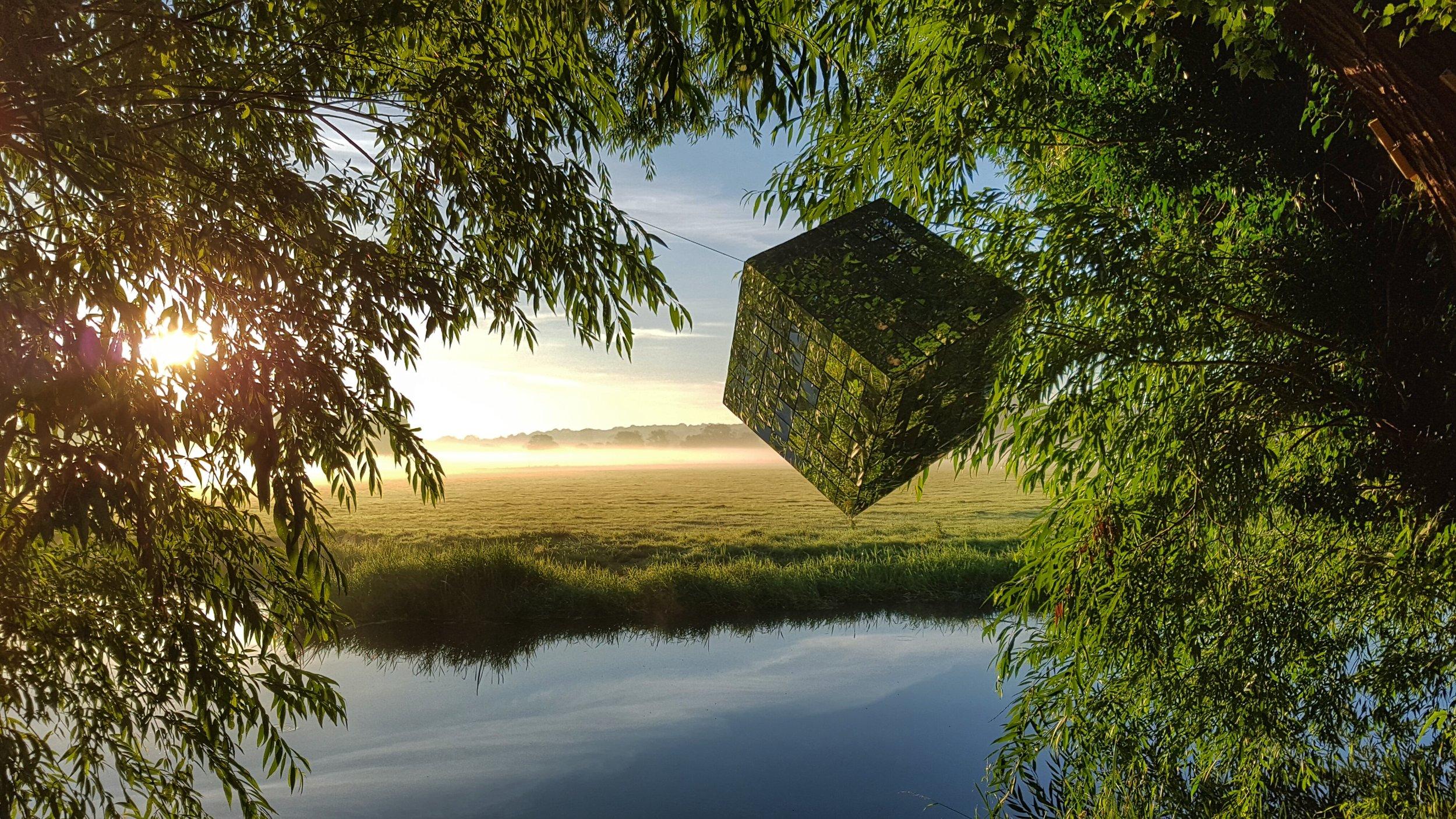 Waveney Glitch,  mirrored sculpture   by Brian Korteling (Norwich, UK)