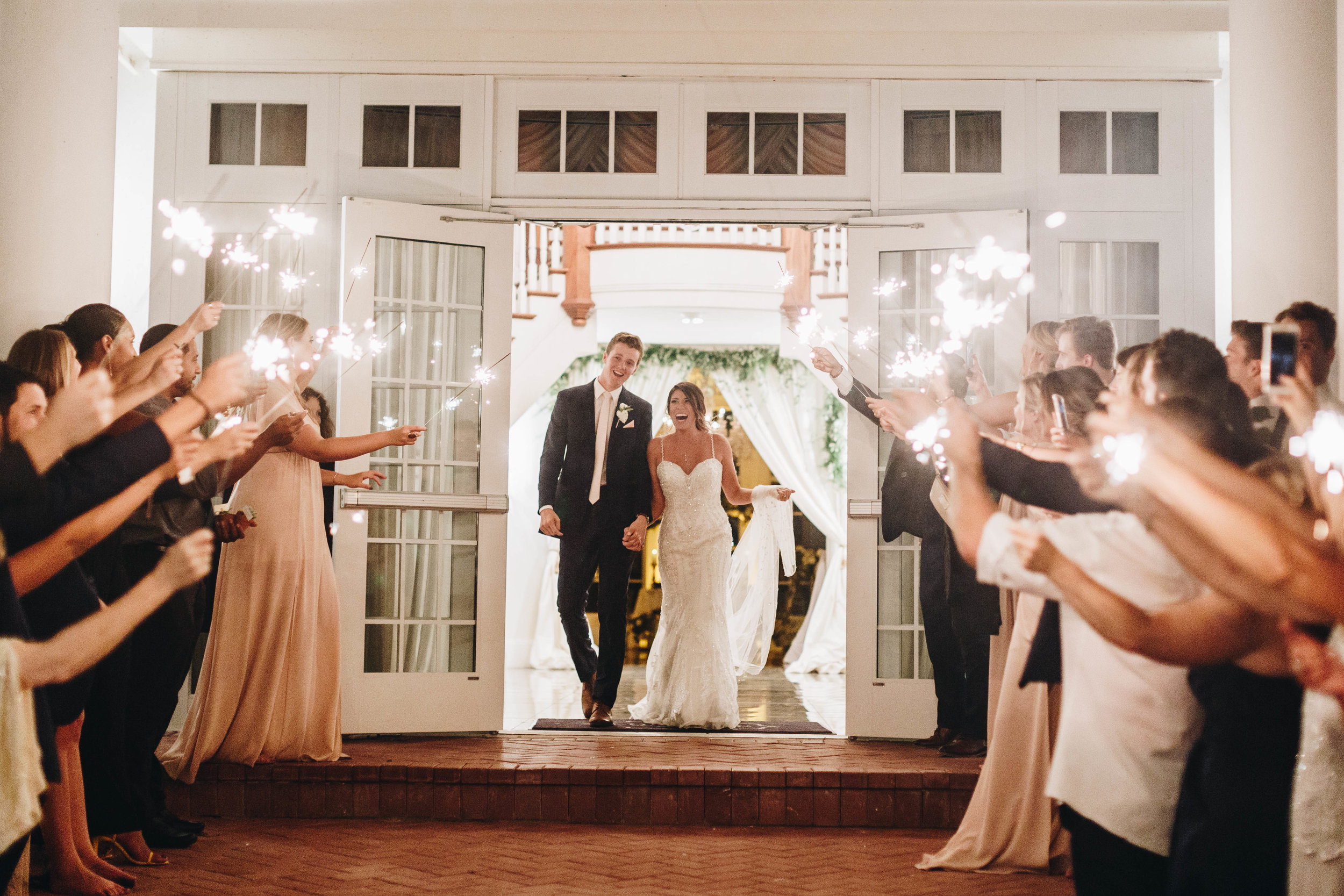 6946f-luxmoregrandestatewedding.jpgluxmoregrandestatewedding.jpg