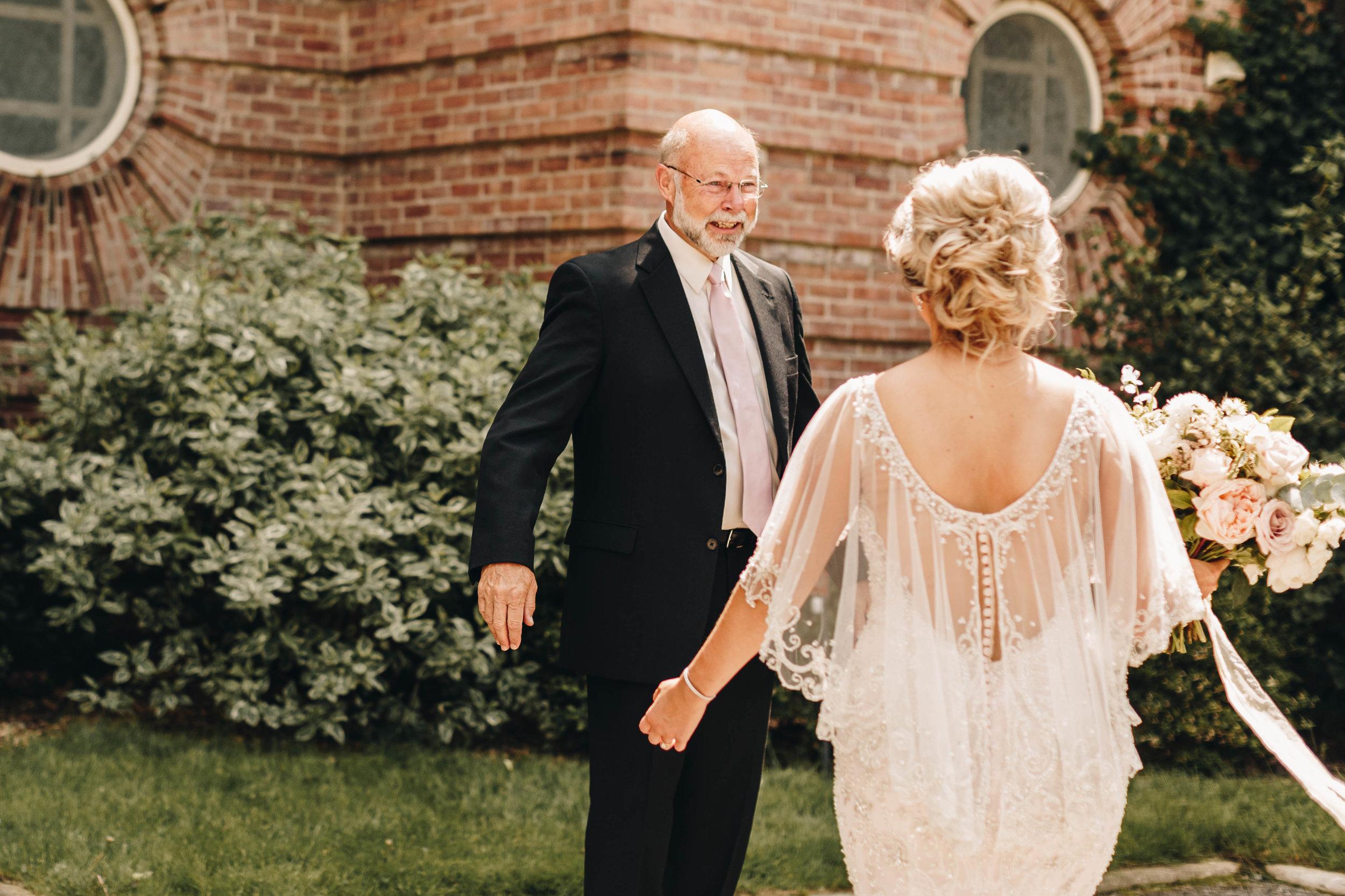 Cincinnati+wedding+photographer-3.jpeg