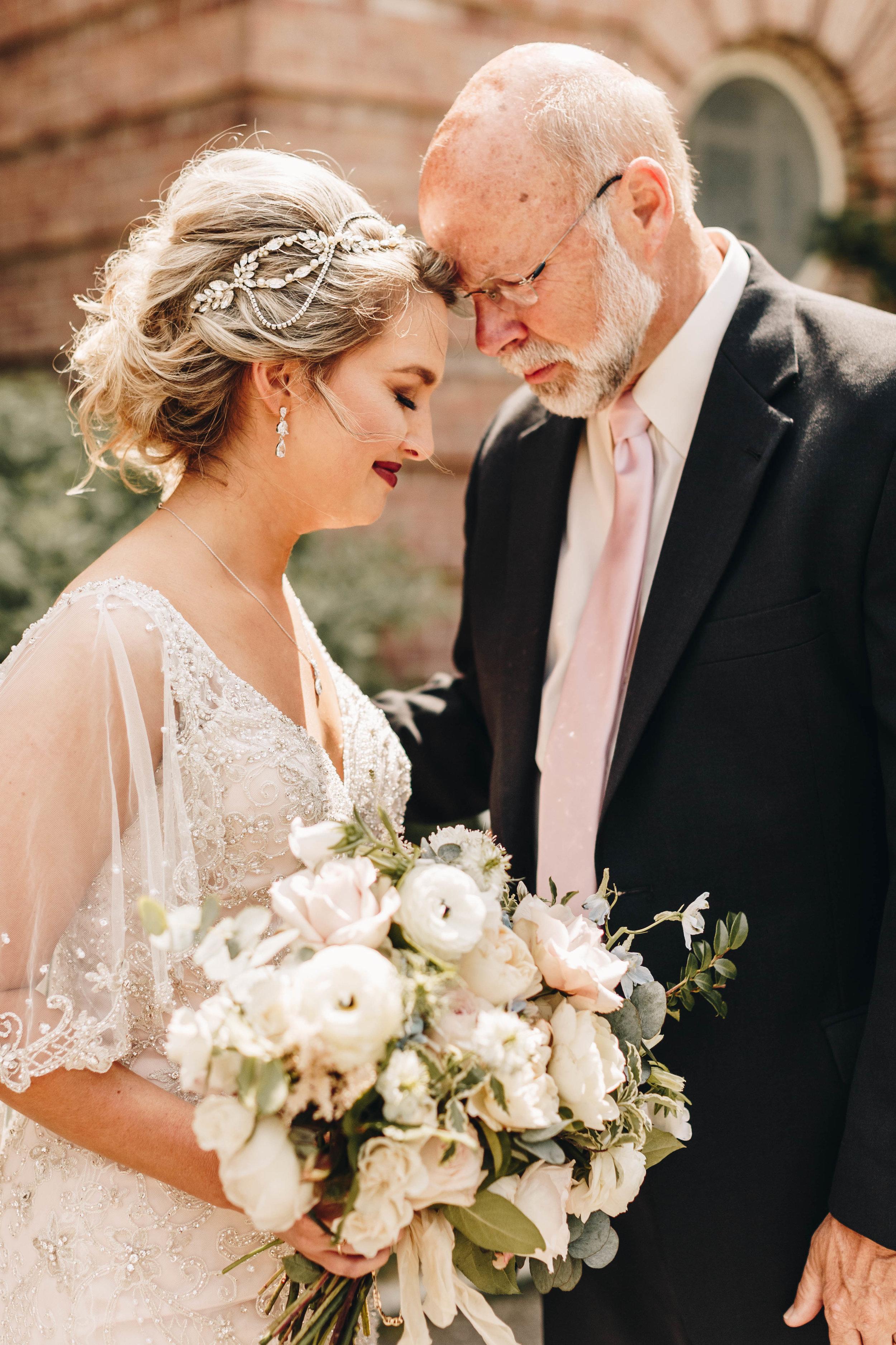 Cincinnati+wedding+photographer-4.jpeg