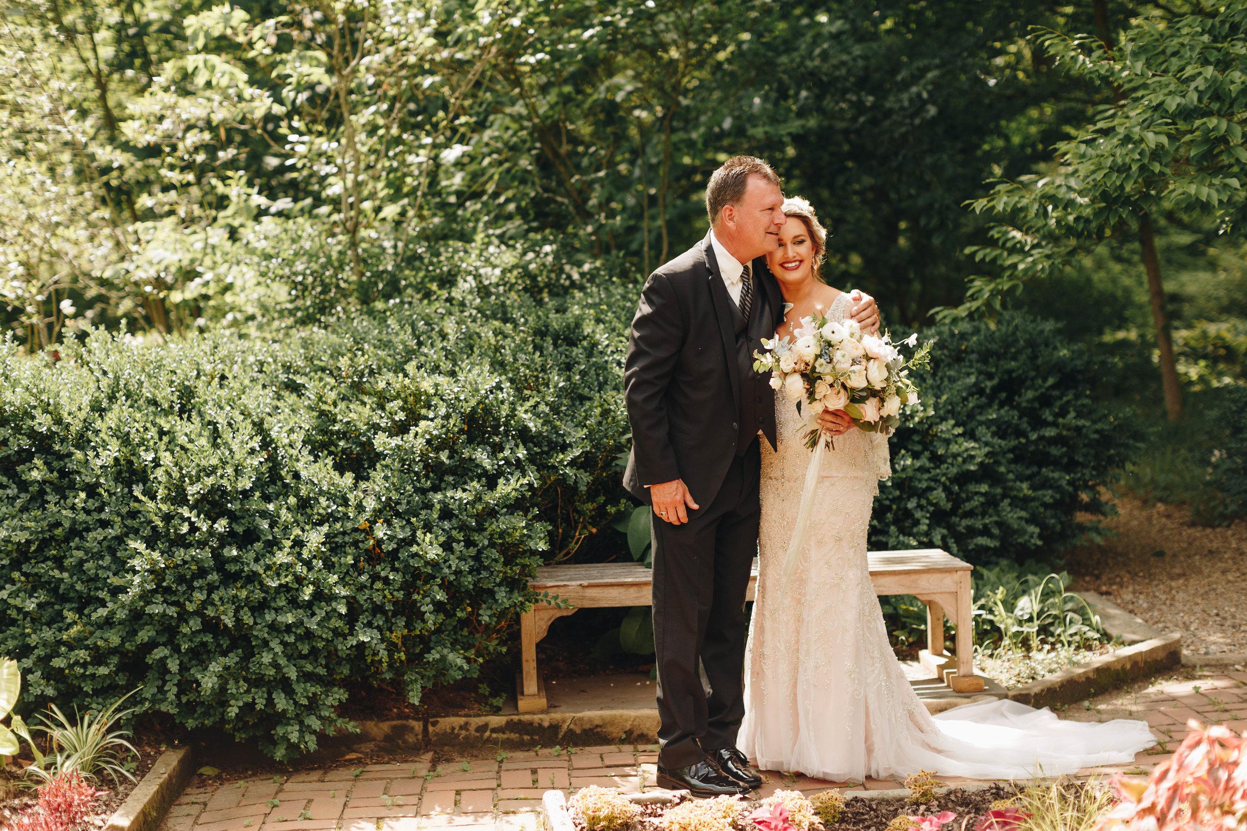 Cincinnati+wedding+photographer-25.jpeg