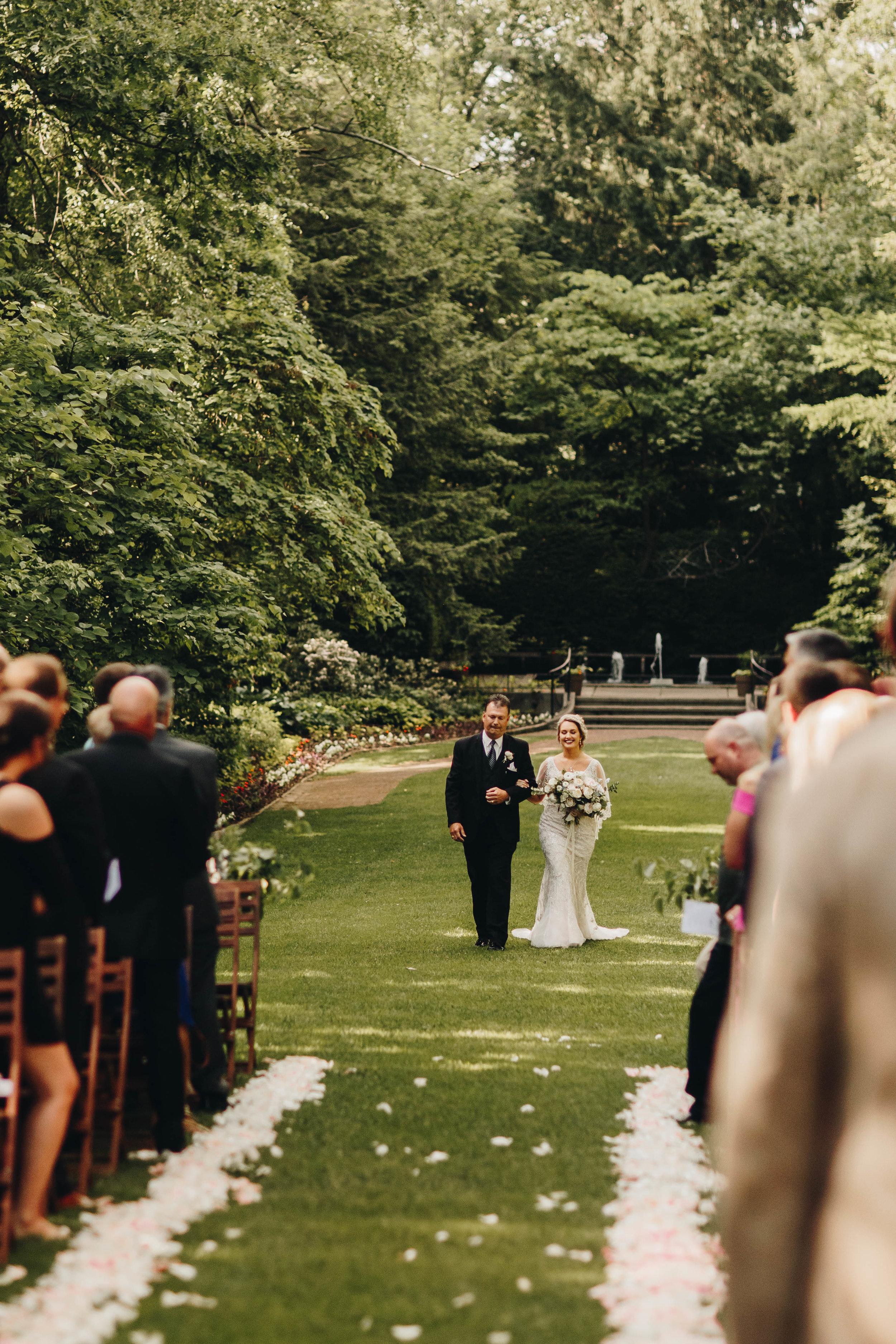 Cincinnati+wedding+photographer-29.jpeg