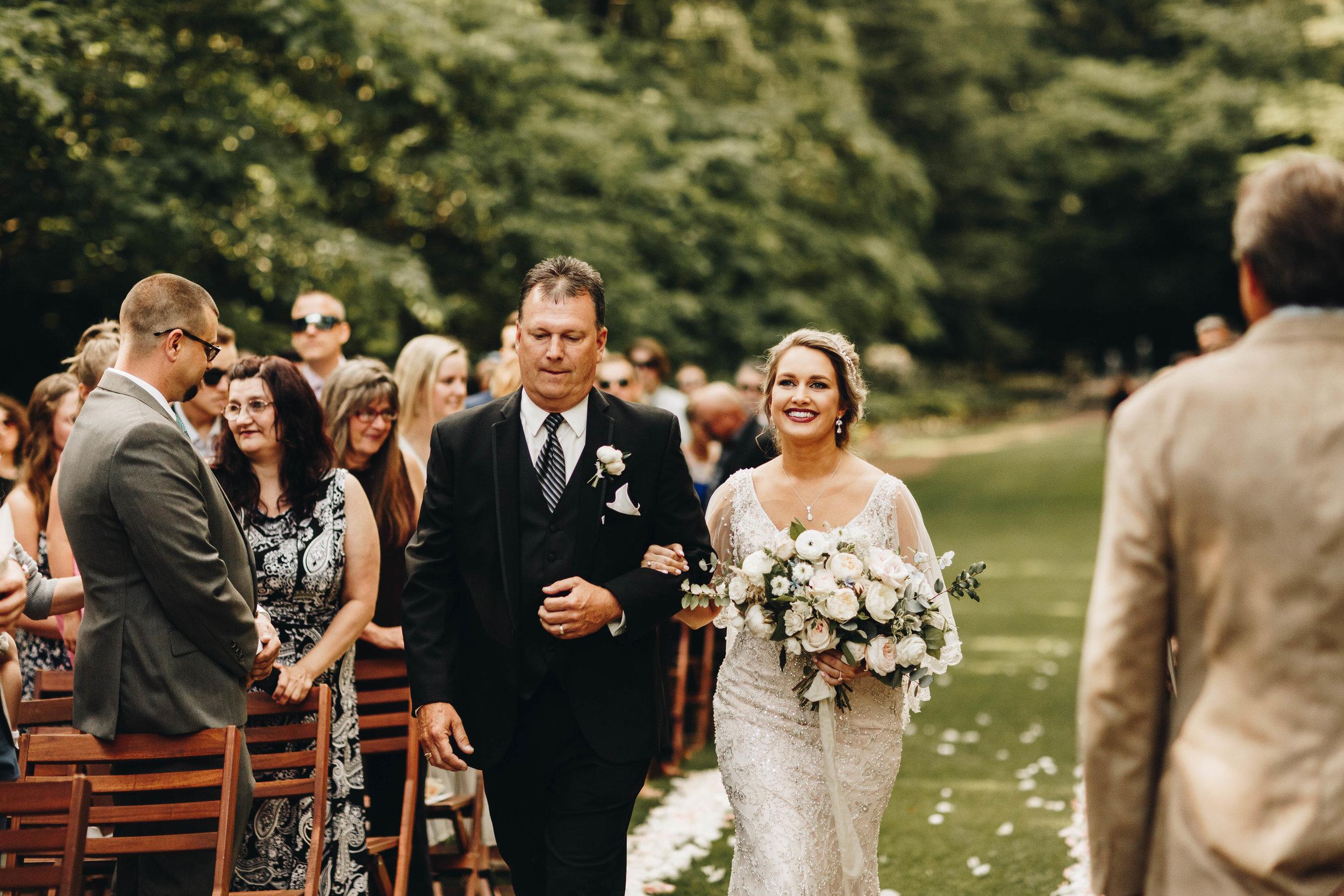Cincinnati+wedding+photographer-30.jpeg