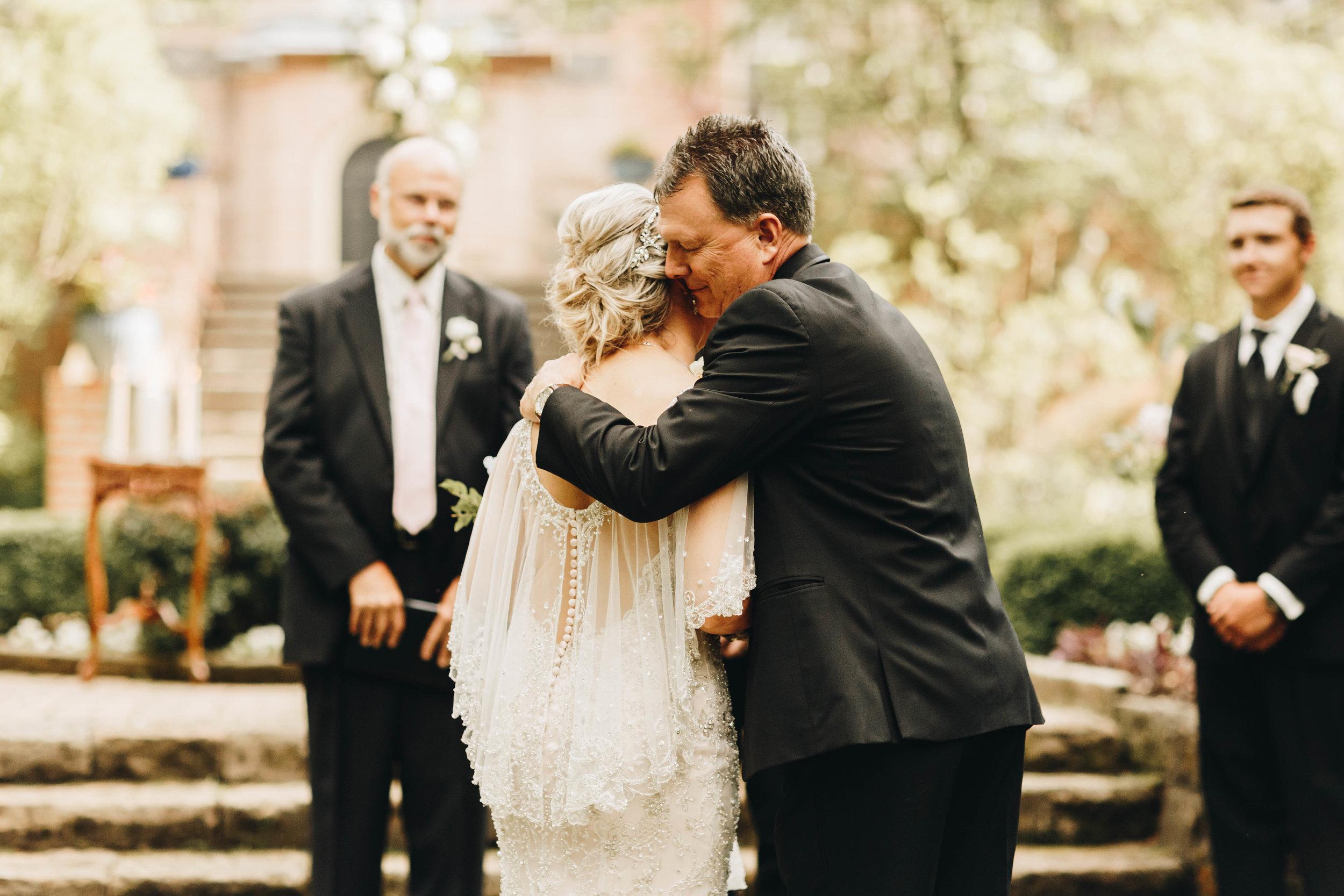 Cincinnati+wedding+photographer-32.jpeg