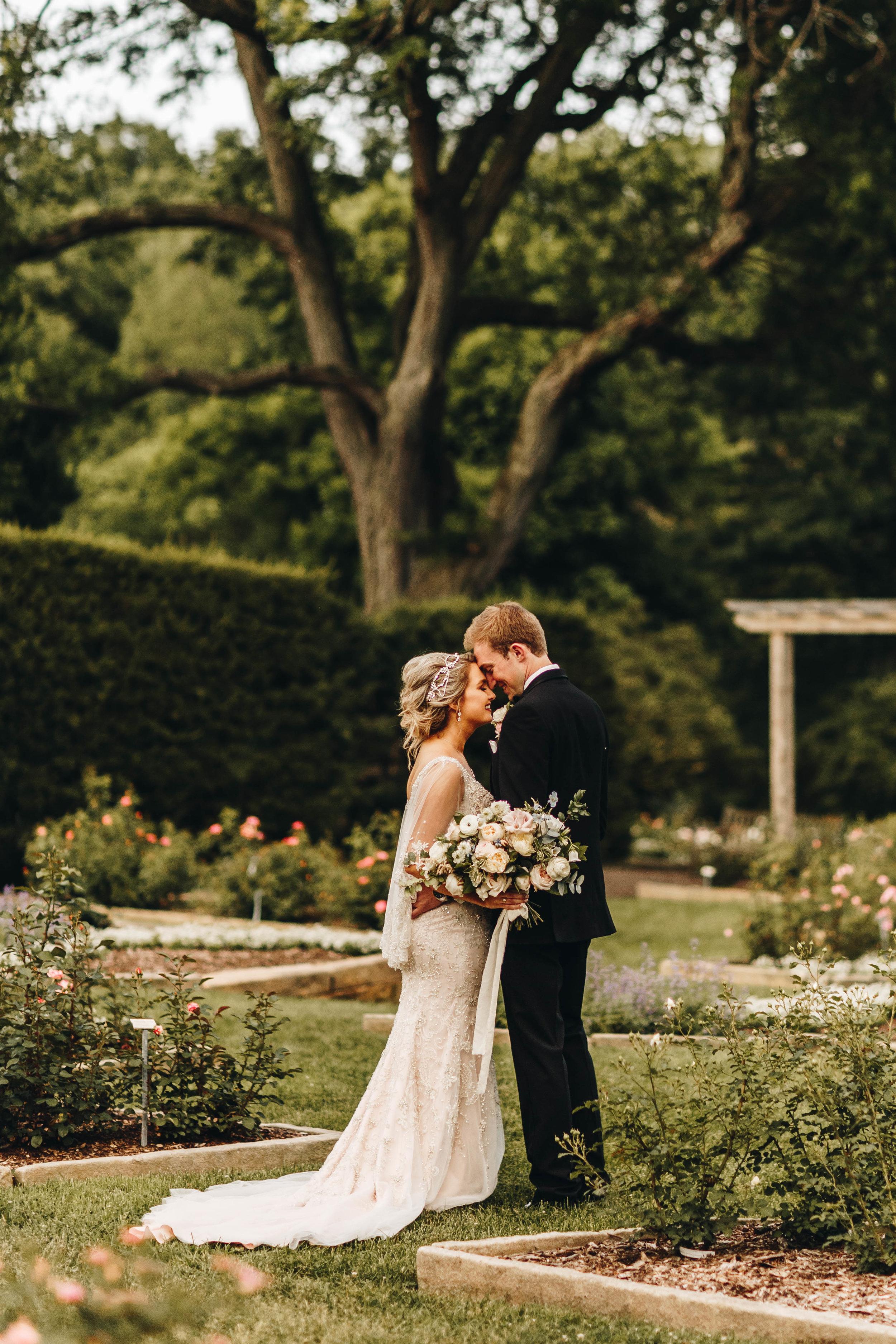 Cincinnati+wedding+photographer-56.jpeg