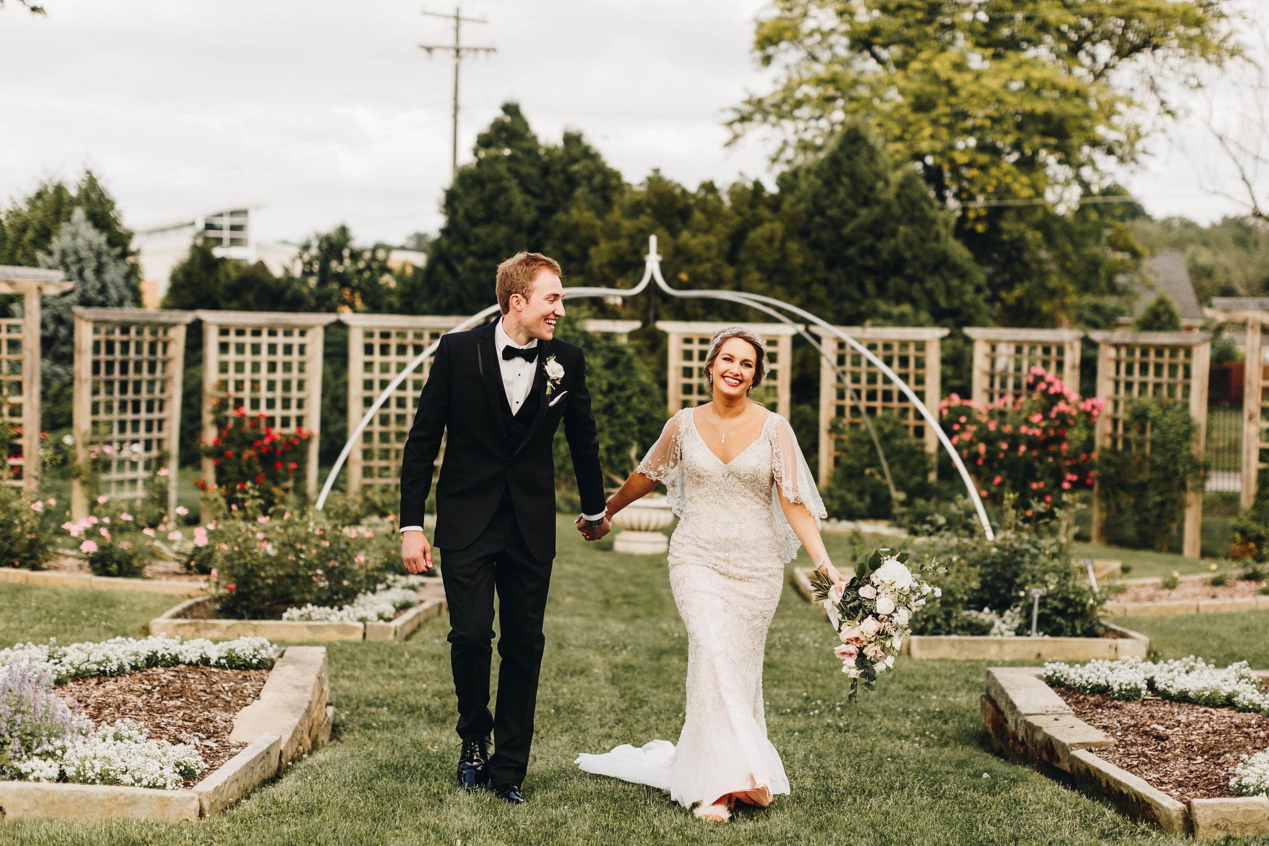 Cincinnati+wedding+photographer-58.jpeg