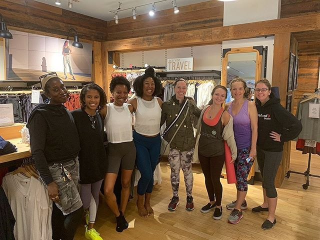 ✨ taking this #wellnesswednesday back to the @aalignwellness Spring Cleaning event @athleta ✨ . . 🙏🏾🧘🏽♀️we got into the body by noticing the breath and moving through an accessible yoga asana flow 🎾🎾 then got into some the hidden spots tension in our bodies with self massage with tennis balls, 📝📝 took stock of our energetic state with reflective journaling lead by @_alannagardner_ . . there's something so impactful about engaging for physical, mental, and emotional  tools for your well being all in on session. Can't wait for our next @aalignwellness offering 💚💚 . . thank you to all who came out to co-create this space and get #aaligned through engaging the breath, mind, body, and spirit. It's always an honor and privilege to hold that space for you 🌟 . . #aalignwellness