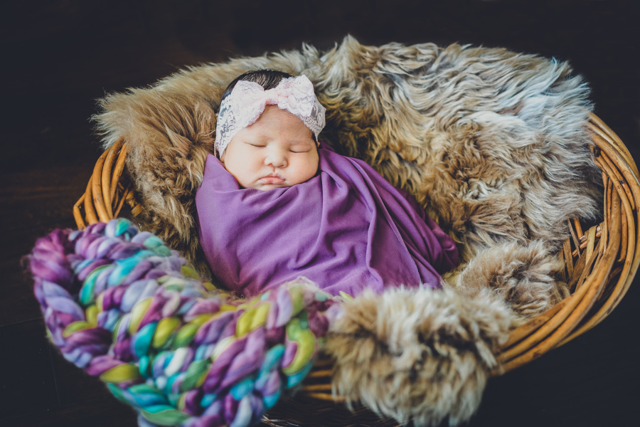 Newborns in Missouri City | zinnphotography.net