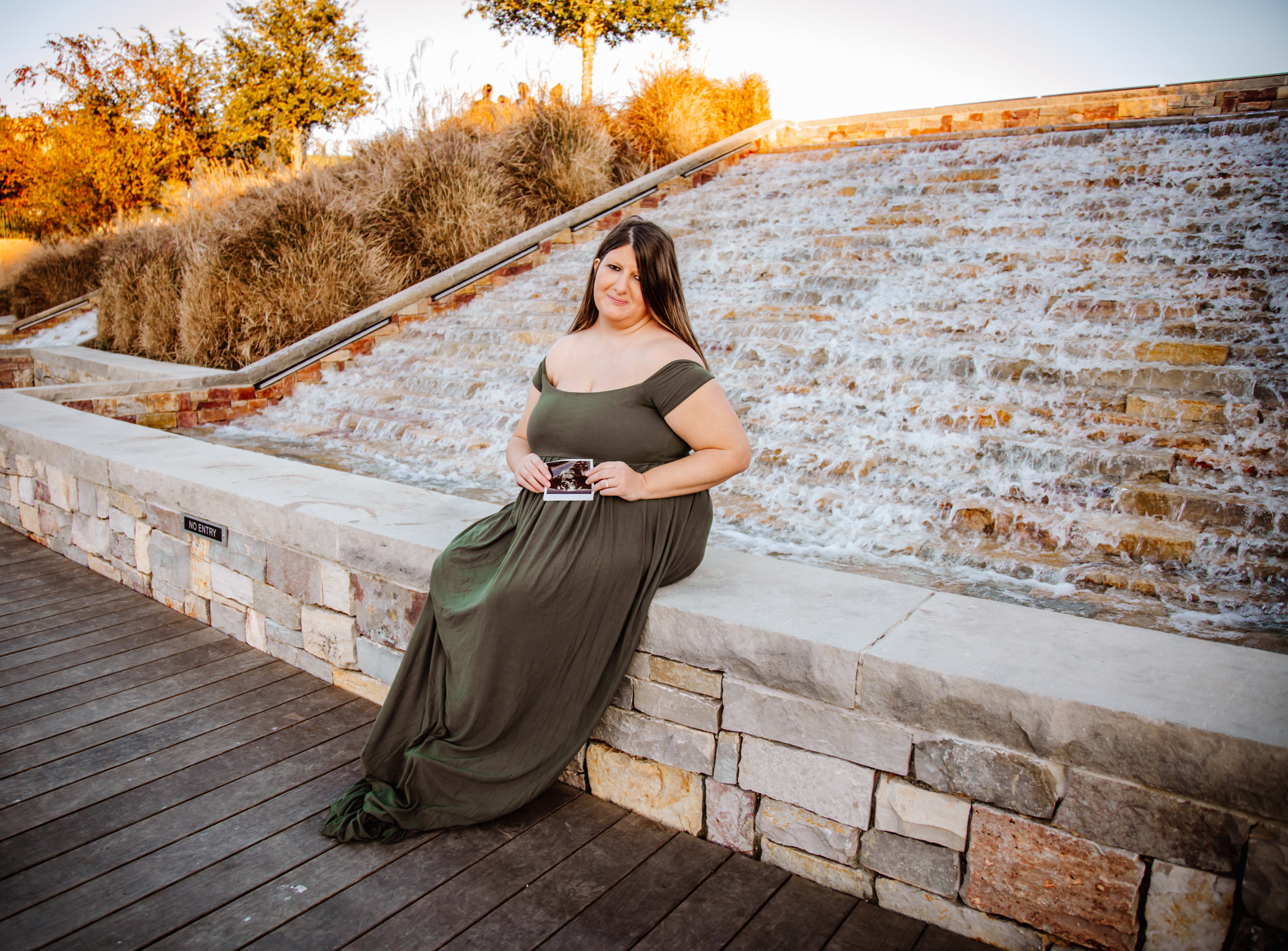 Woodlands Maternity Session (25).jpg