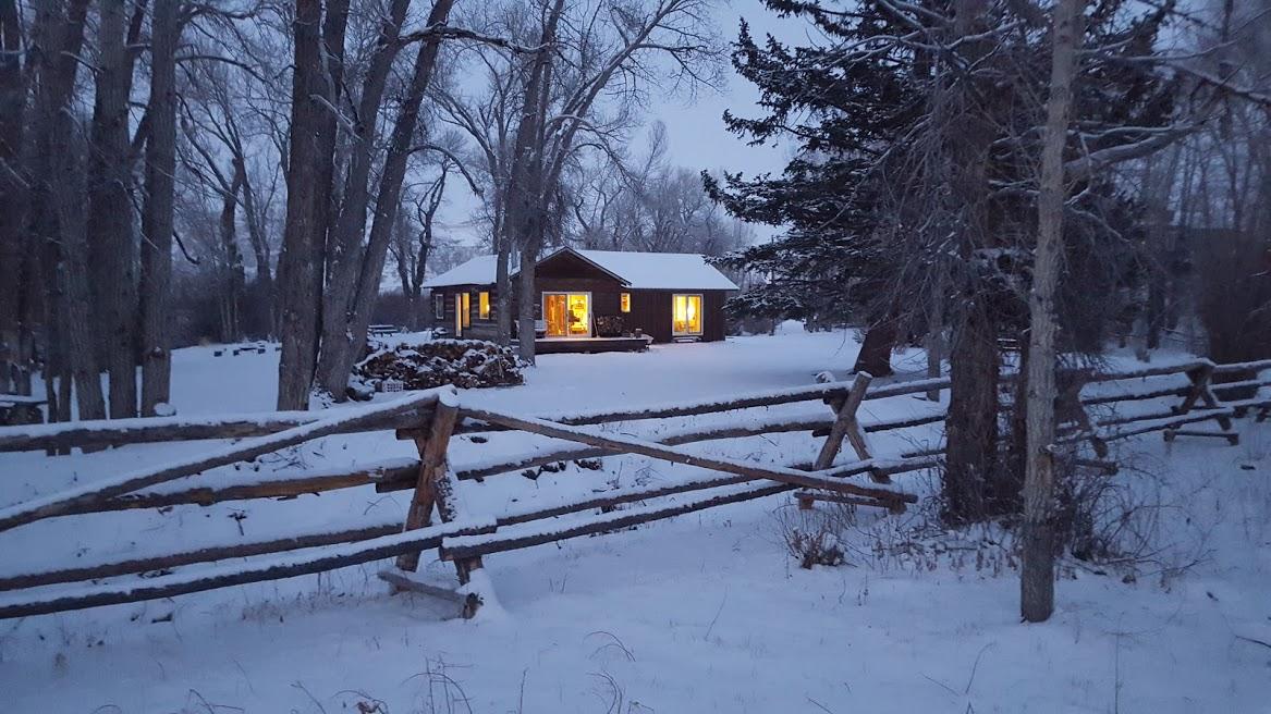 christmas house,,.jpg
