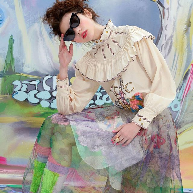 When Japanese fabrics meet Parisian flare you get Tsumori Chisato. Shot on the Paris inspired backdrops the Fall 2019 is ready to hit the street. . . . #thecutfashiondesignacademy #fall2019 #fashiondesign #fashioneeadytowear #fashionschool #fashiondesignstudent #patternmaking