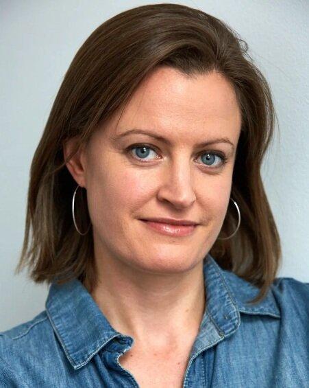 Catherine Spence MA (Oxon), DHP (NC), RH, RYT, CHBP