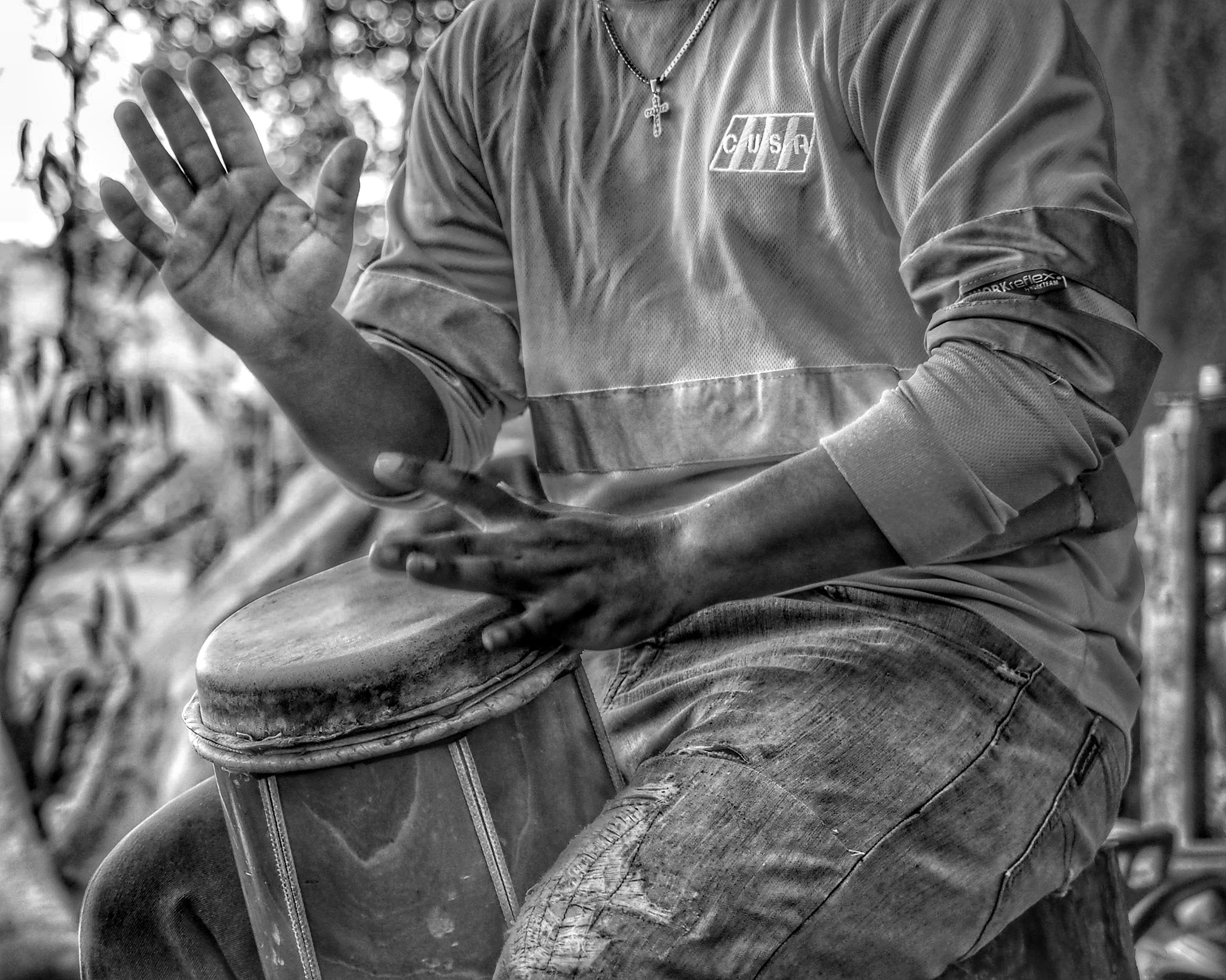 The father makes the drums in Panama and the son wins the competitions.
