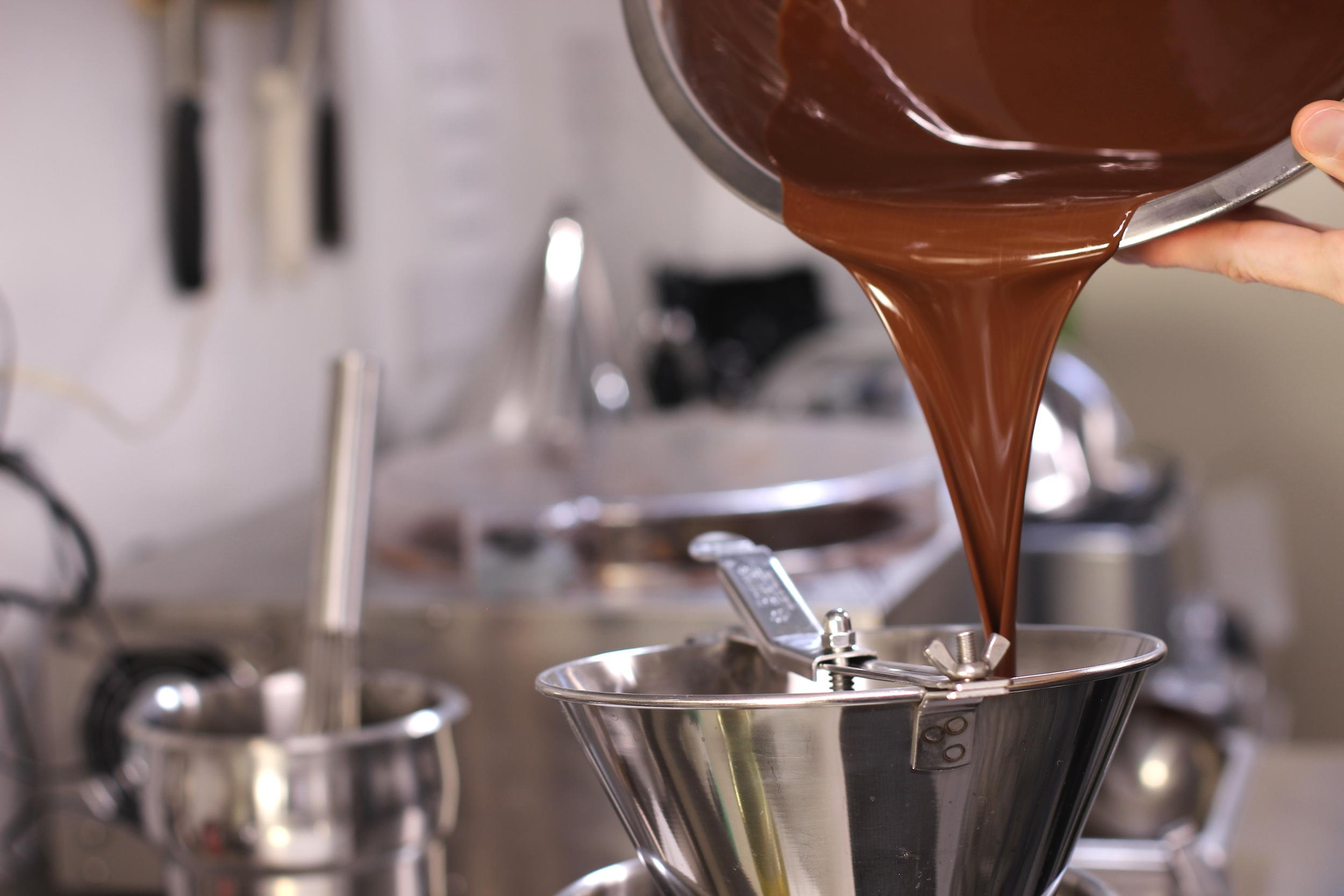 Crop.Circle.chocolate.pouringfor.web copy.jpg