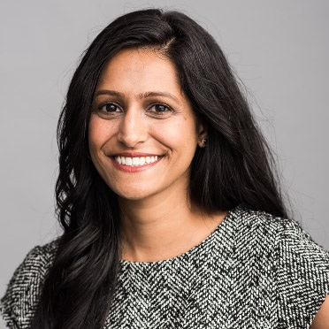 Shruti Gandhi  Array Ventures, Managing Partner  @atShruti   Founder of Array Ventures, Entreprise B2B fund. Professor at Columbia University. 6+ exits to companies such as Paypal, Apple, GoDaddy, We Company, etc. Array Ventures manages over 40 Investments.