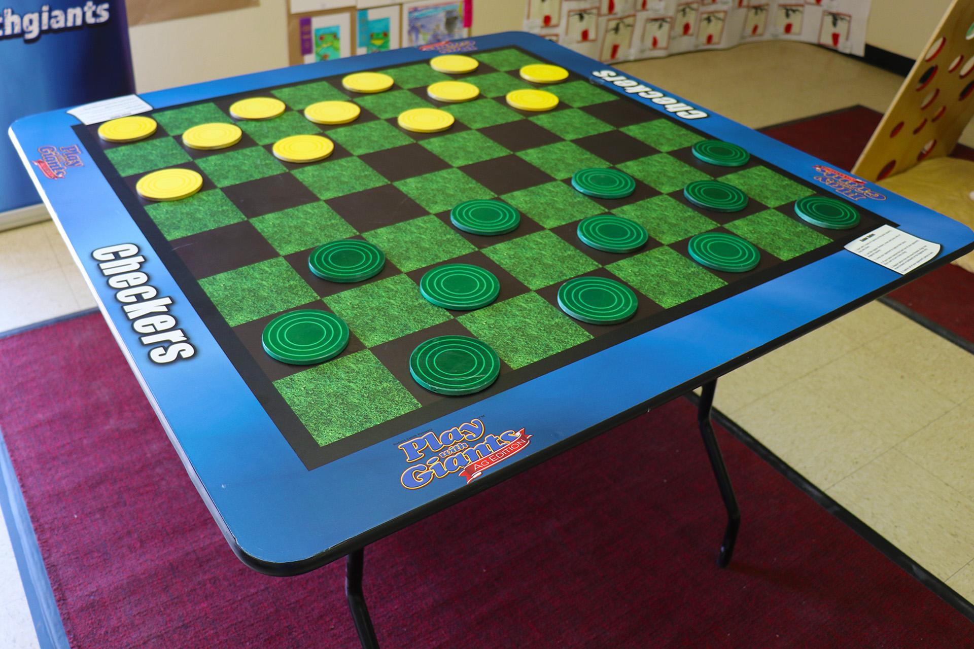 checkers01.jpg