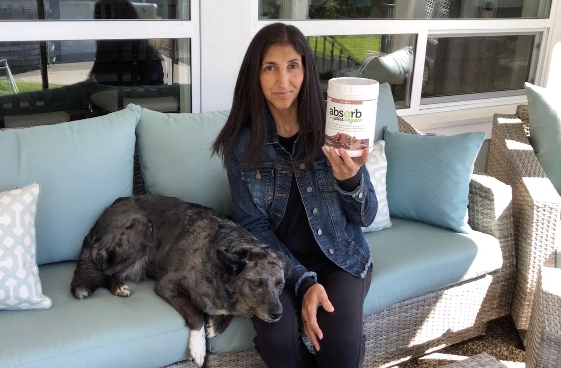 HEalth & wellness  Jini Patel Thompson on absorb plus protein shake