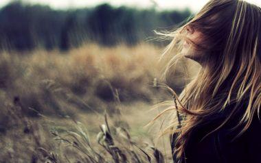 hairblowinginwind.jpg