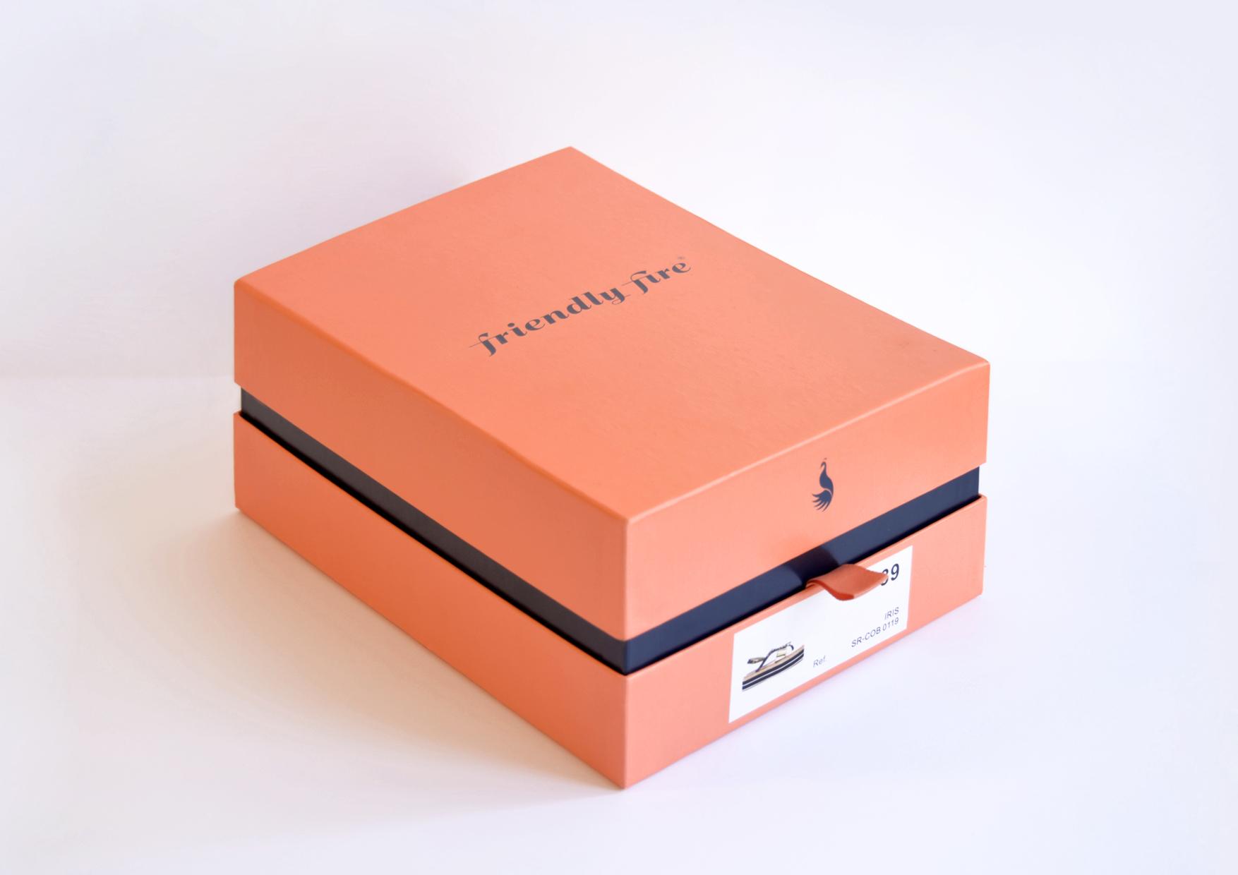 caixa_fashion-makers-friendlyfireshoes.jpg