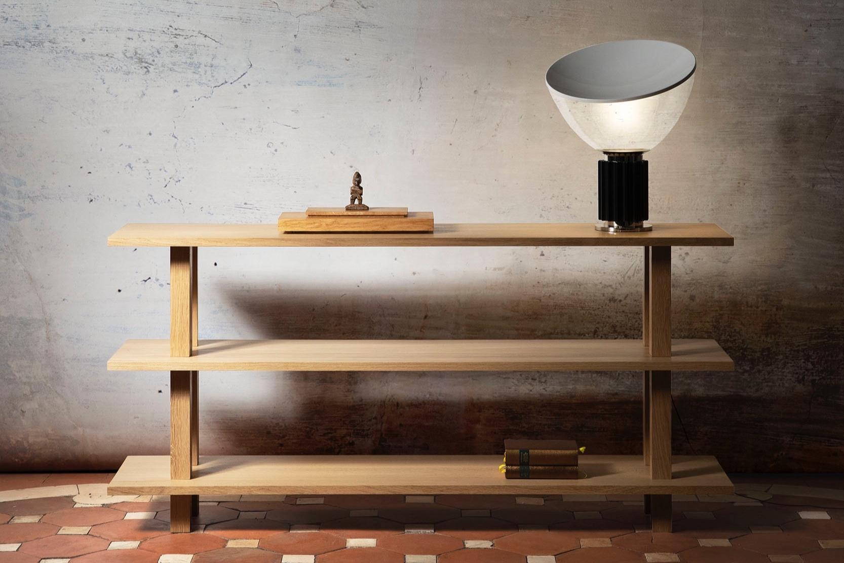 Console en chêne massif  Meuble de salon en bois huilé  Objets architecturaux