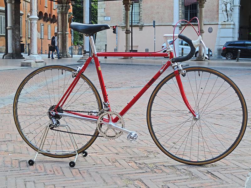 """Un percorso lungo 30 anni… - """"La bicicletta è la penna che scrive sull'asfalto.""""- Guy Demaysoncel"""