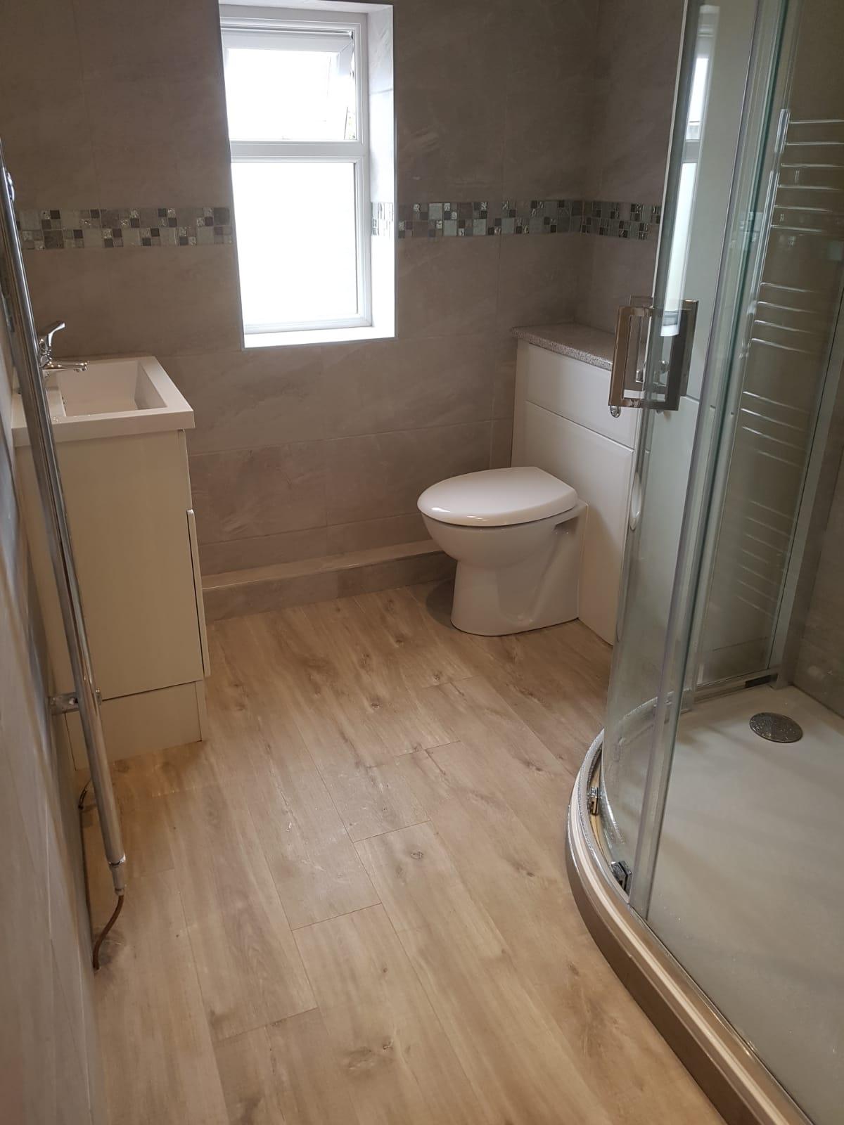 Bathroom3a.jpg