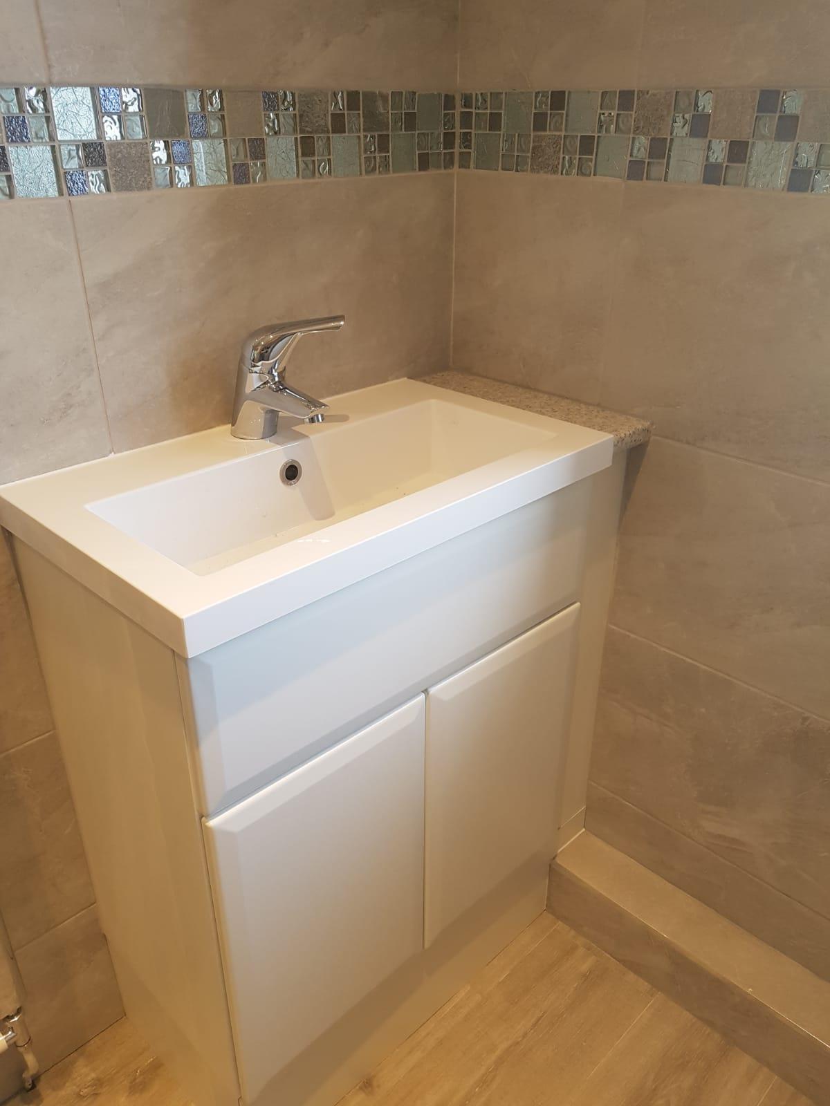 Bathroom3e.jpg