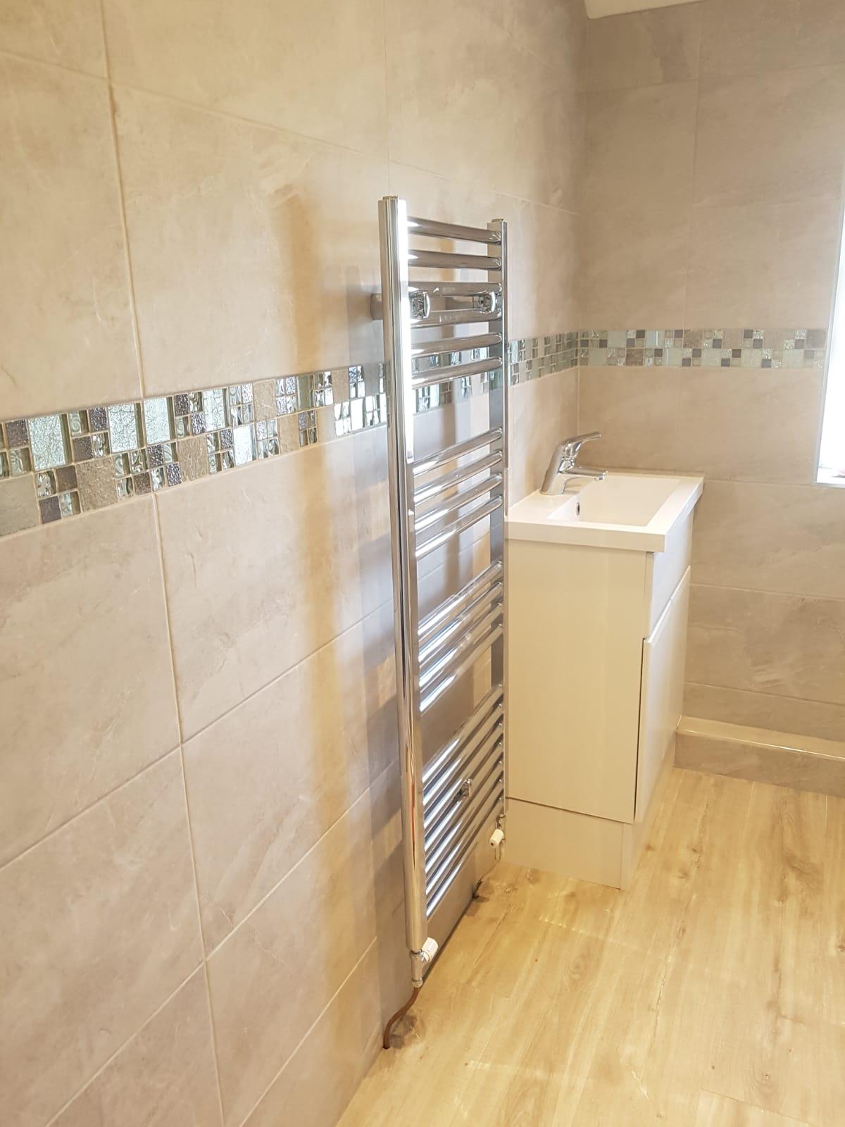 Bathroom3f.jpg