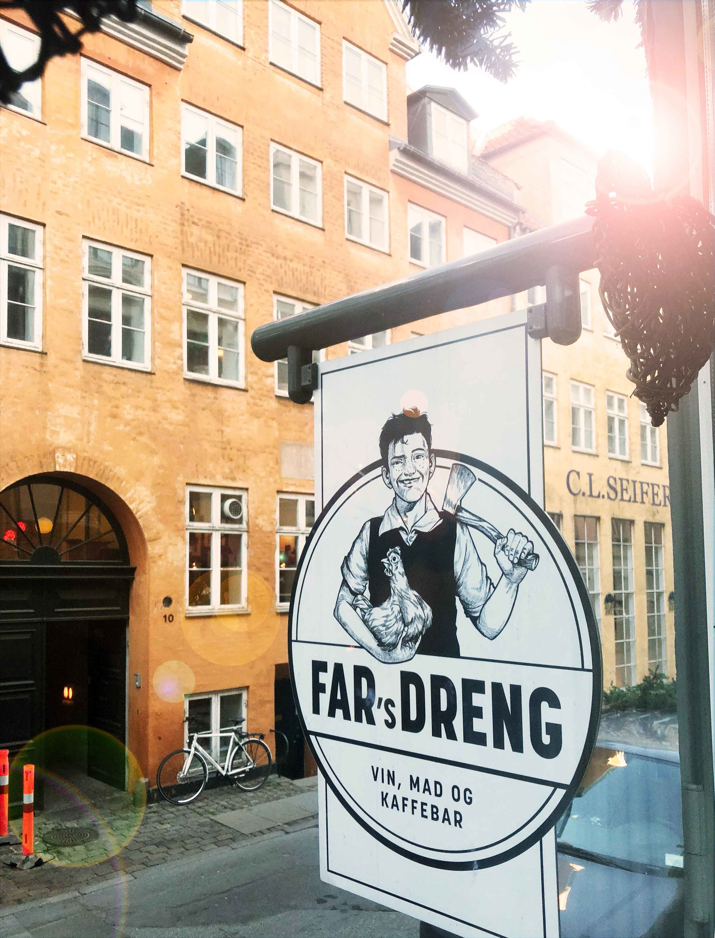 Address: Ny Adelgade 7 & Rosengården 12