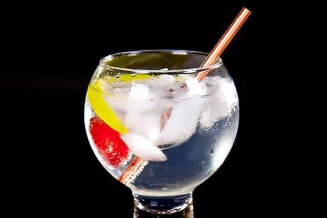 El-Gin G&T.jpg