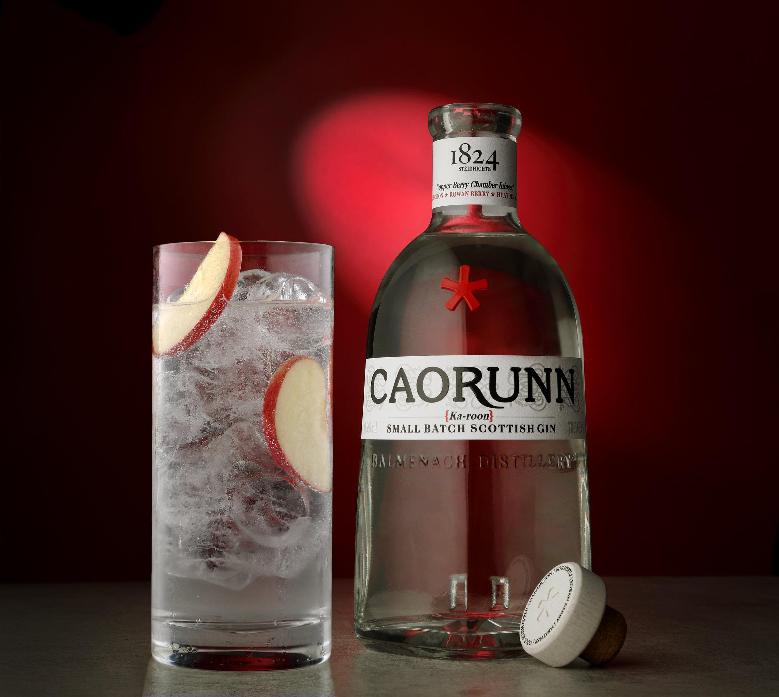 Caorunn bottle and glass 2.jpg